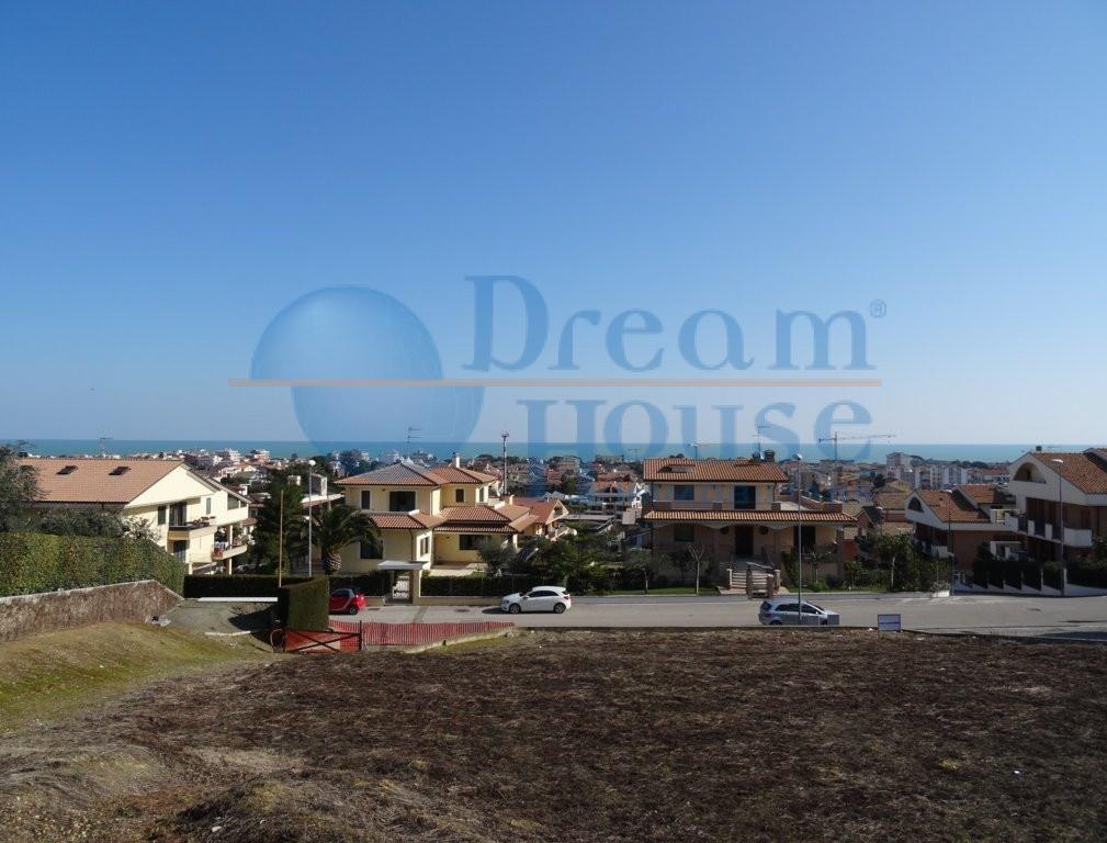 Terreno Edificabile Residenziale in vendita a Tortoreto, 9999 locali, zona Località: MURACCHE, prezzo € 300.000 | Cambio Casa.it