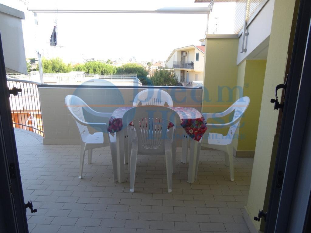 Bilocale Alba Adriatica Via Malta 4