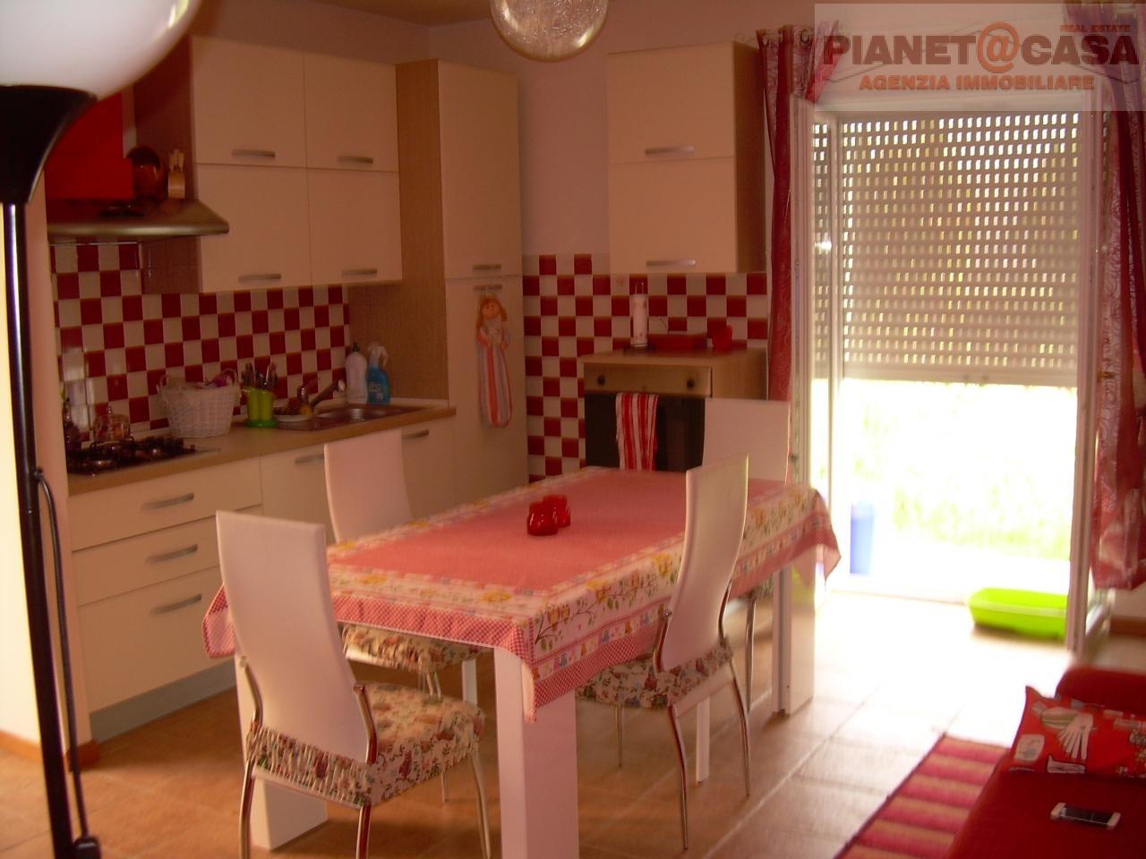 Appartamento in vendita a Spinetoli, 2 locali, zona Località: PAGLIAREDELTRONTO, prezzo € 85.000 | Cambio Casa.it