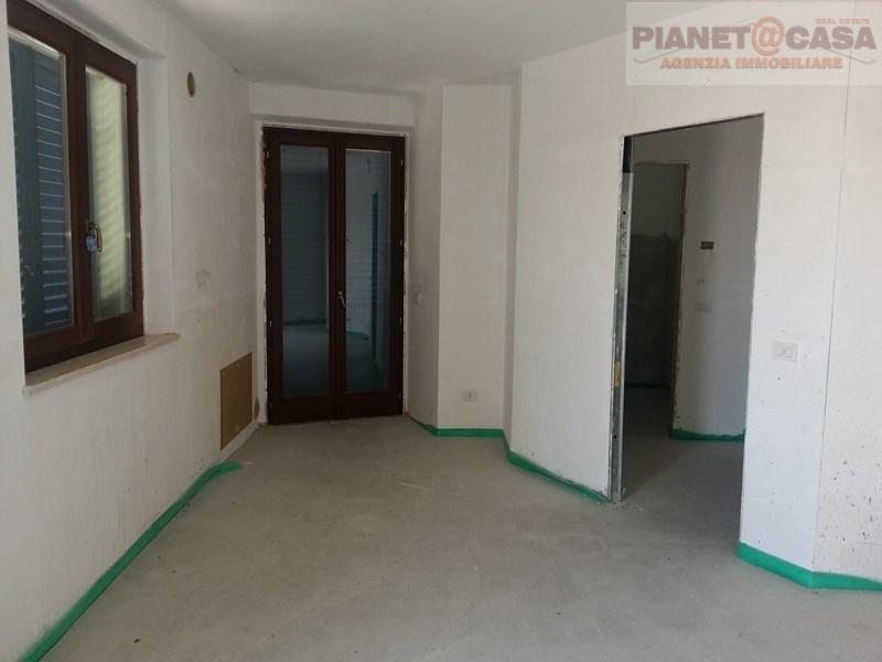Appartamento in vendita a Campofilone, 3 locali, prezzo € 135.000   Cambio Casa.it