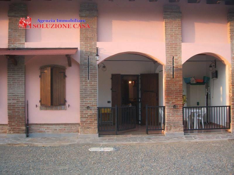Soluzione Indipendente in vendita a Castello d'Argile, 7 locali, prezzo € 480.000   Cambio Casa.it