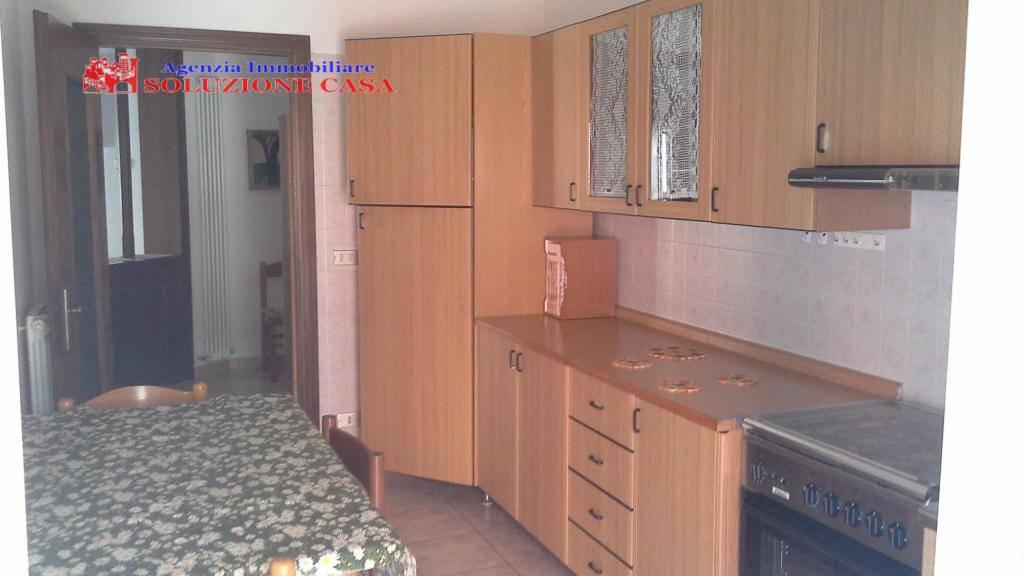 Appartamento in affitto a Sant'Agostino, 5 locali, zona Zona: Dosso, prezzo € 540 | Cambio Casa.it