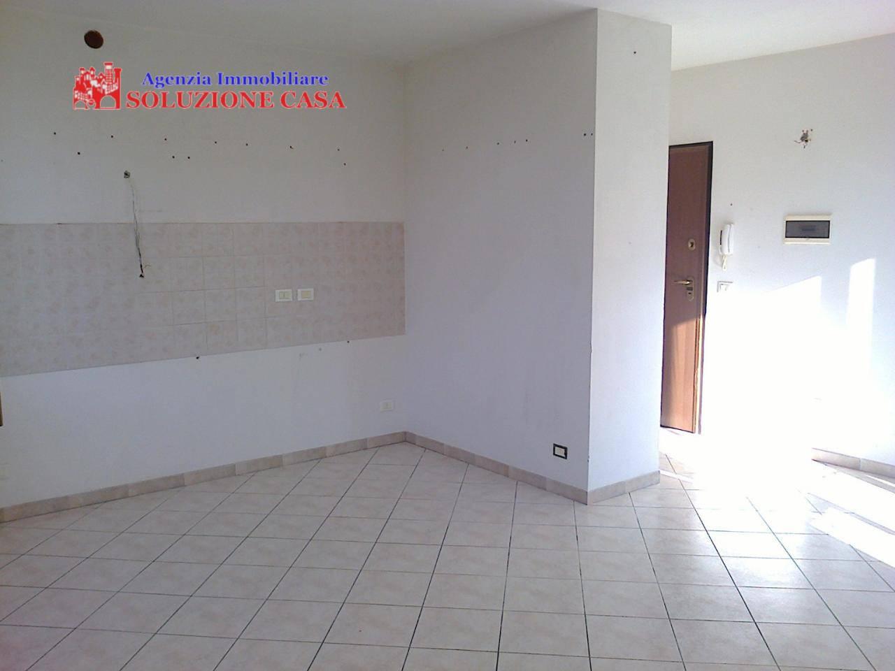 Appartamento in affitto a Cento, 3 locali, zona Zona: Renazzo, prezzo € 500 | Cambio Casa.it