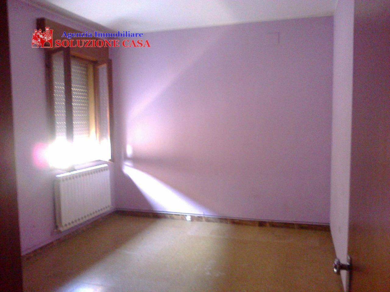 Appartamento in affitto a Sant'Agostino, 3 locali, zona Località: SanCarlo, prezzo € 400 | Cambio Casa.it