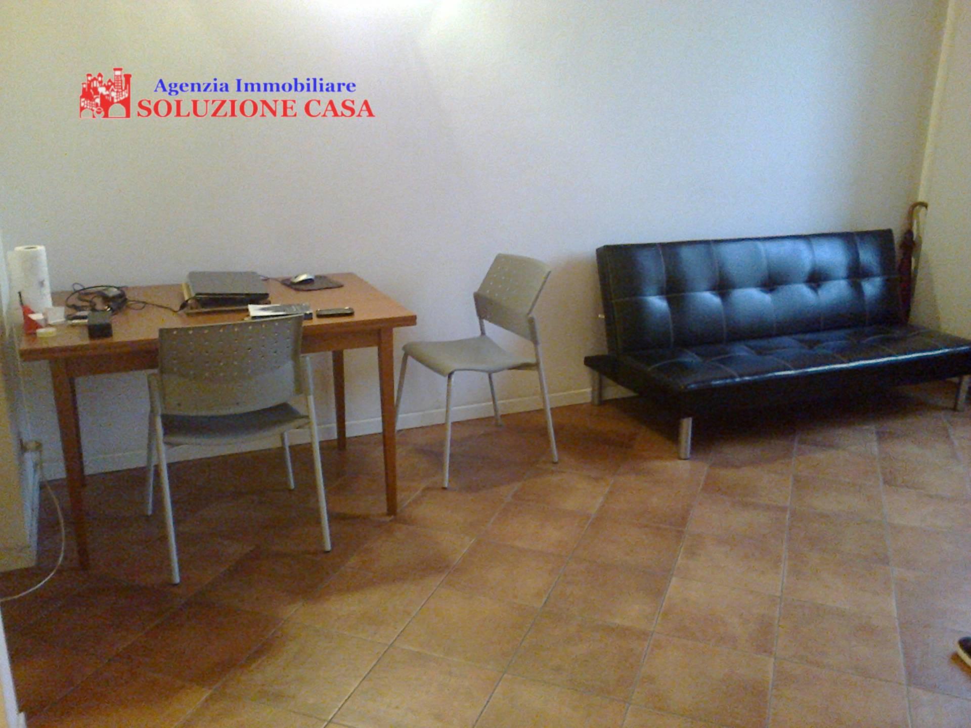 Appartamento in affitto a Cento, 2 locali, prezzo € 450 | Cambio Casa.it
