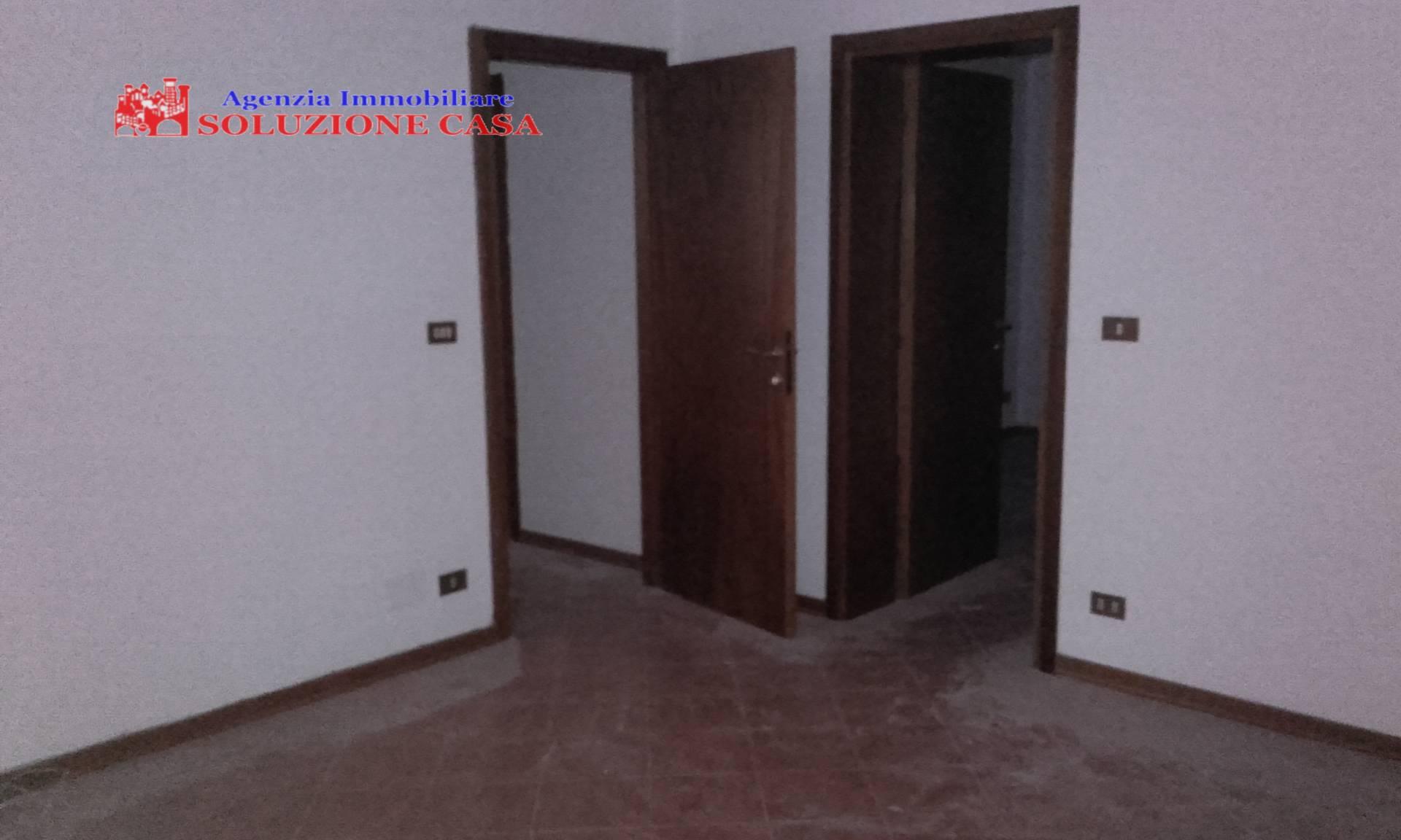 Ufficio / Studio in affitto a Cento, 9999 locali, prezzo € 550 | Cambio Casa.it