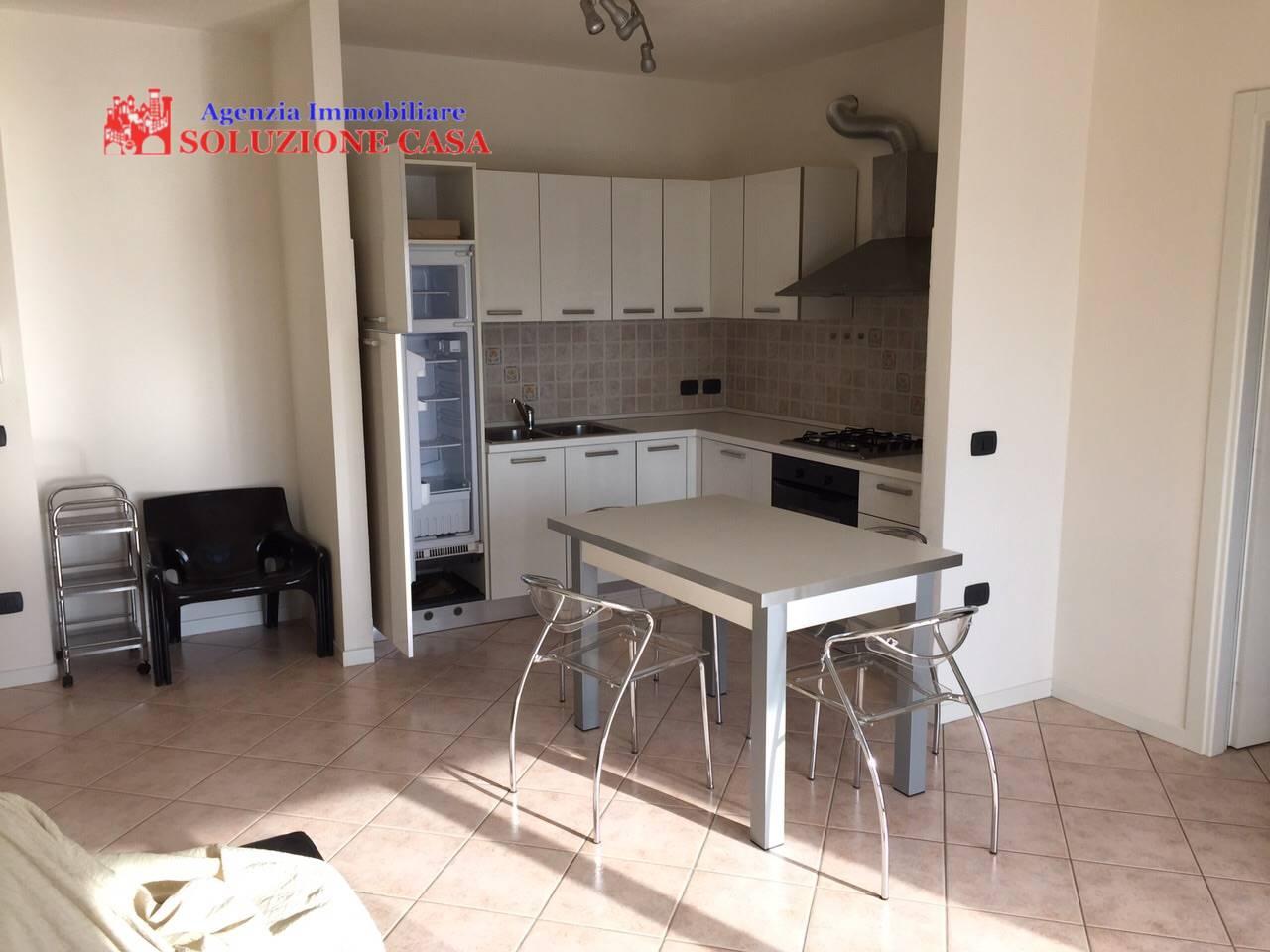 Appartamento in affitto a Cento, 2 locali, prezzo € 500 | Cambio Casa.it