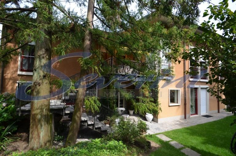 affitto appartamento como 5 200  1.200 €