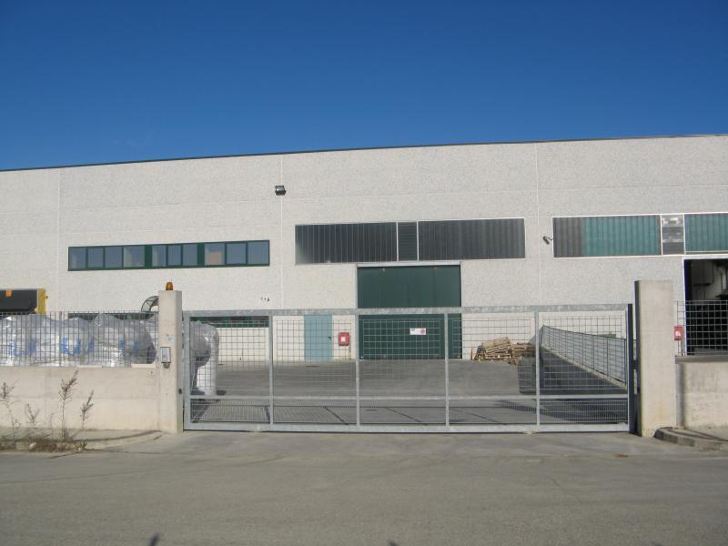 Capannone in affitto a Colonnella, 9999 locali, zona Località: ZonaIndustriale/Artigianale, prezzo € 2.500 | CambioCasa.it
