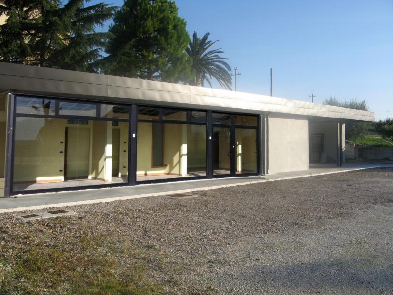 Magazzino in Affitto a Monteprandone