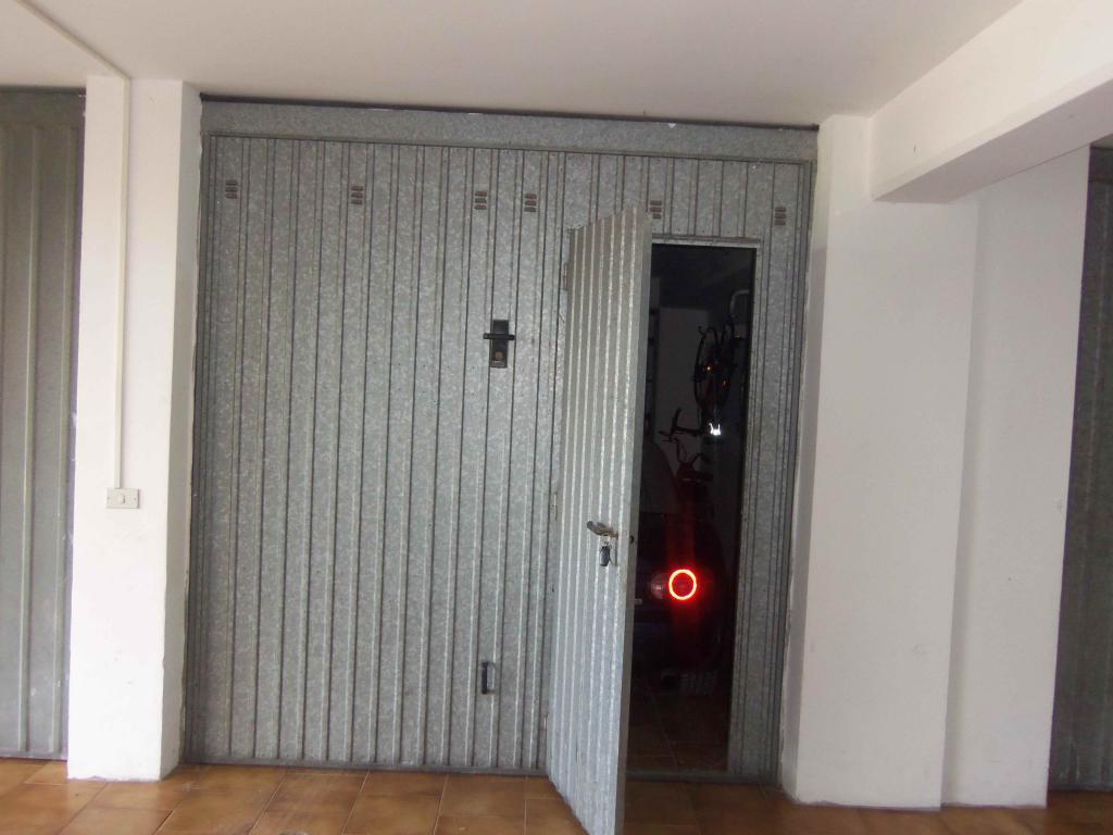 Box / Garage in Vendita a Acquaviva Picena
