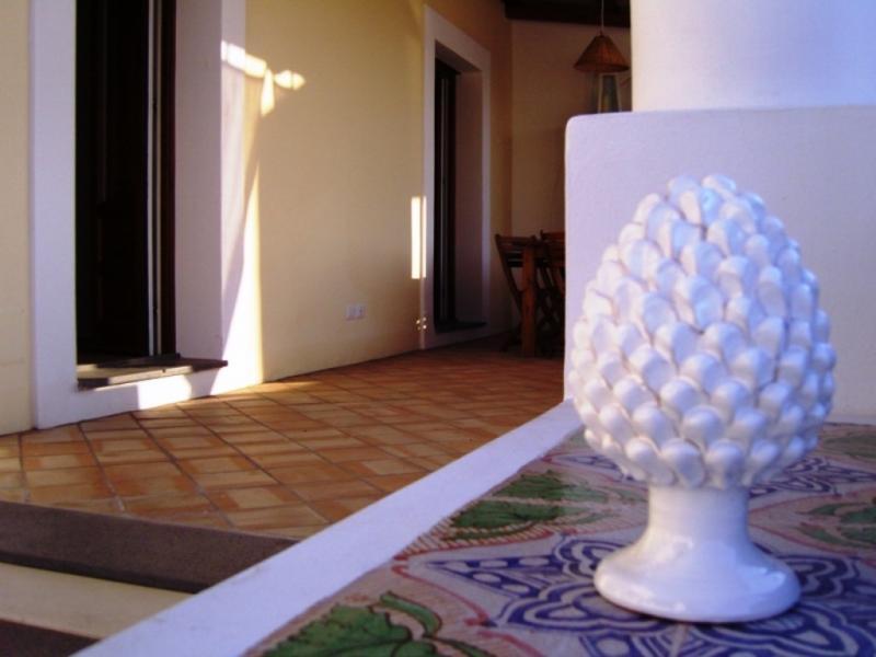 Soluzione Indipendente in vendita a Santa Marina Salina, 3 locali, prezzo € 475.000 | CambioCasa.it