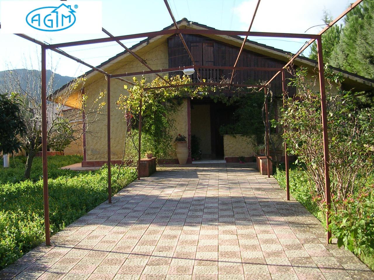 Villa in vendita a Belmonte Mezzagno, 4 locali, prezzo € 88.000 | CambioCasa.it