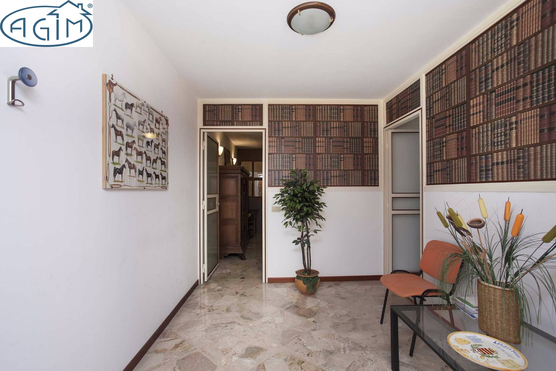 Ufficio / Studio in affitto a Palermo, 9999 locali, zona Zona: Libertà, prezzo € 600 | CambioCasa.it