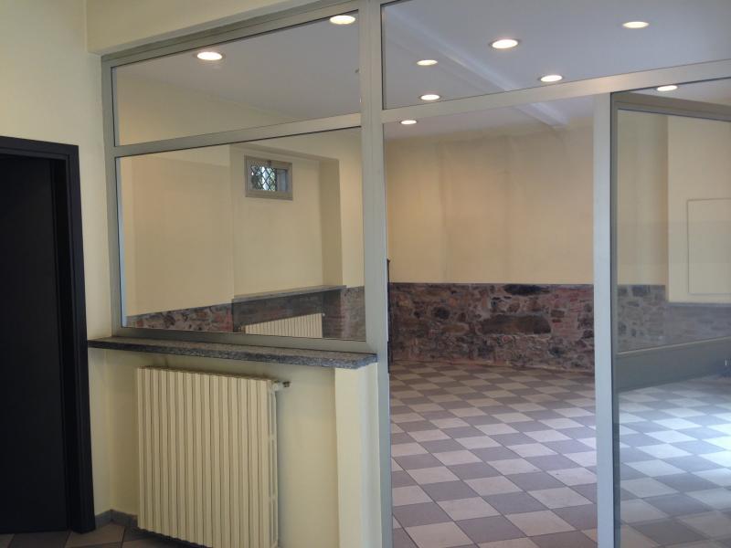 Negozio / Locale in affitto a Asso, 9999 locali, prezzo € 60.000 | CambioCasa.it