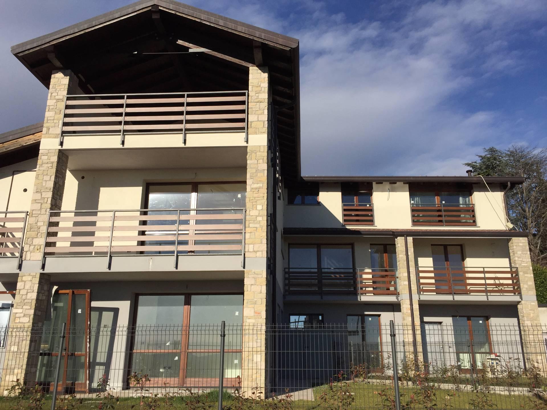 Appartamento in vendita a Proserpio, 2 locali, prezzo € 125.000 | CambioCasa.it