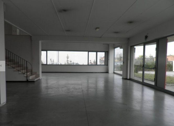 Capannone in affitto a Pisa, 9999 locali, zona Zona: Ospedaletto, prezzo € 5.500 | CambioCasa.it