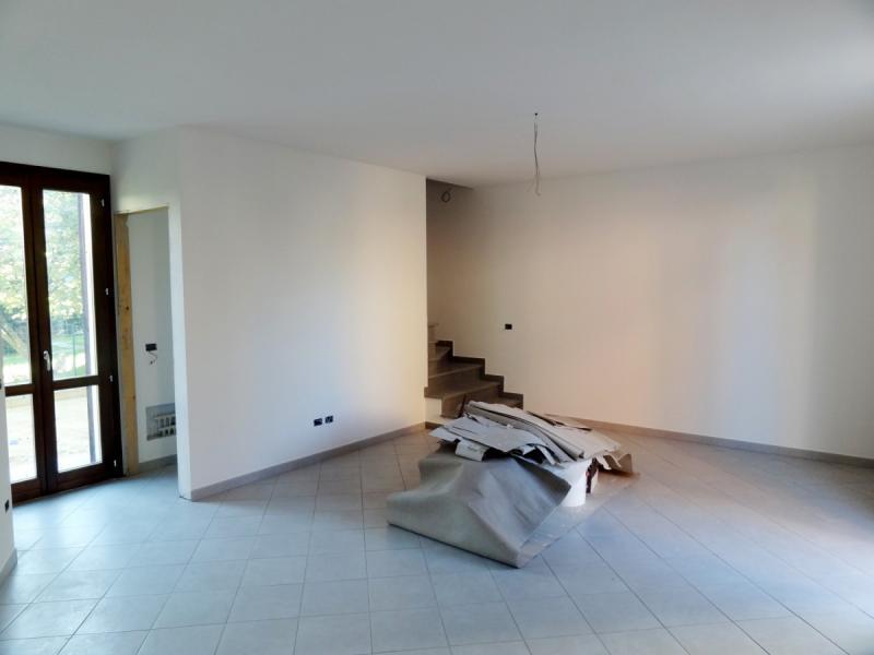 Villa in vendita a Bientina, 4 locali, zona Località: Centro, prezzo € 175.000 | Cambio Casa.it