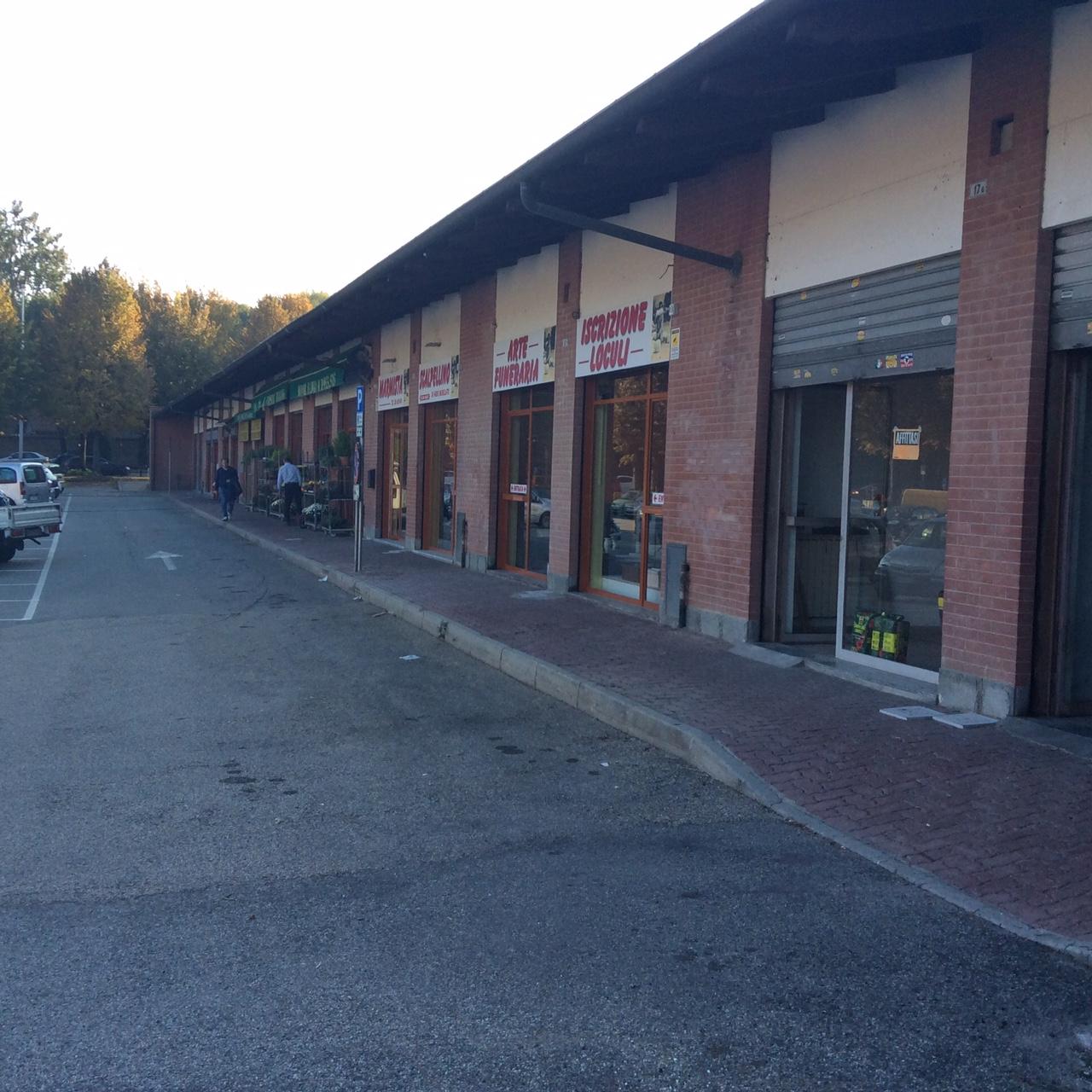 Negozio / Locale in vendita a Rivoli, 9999 locali, zona Località: Centro, prezzo € 220.000 | Cambio Casa.it