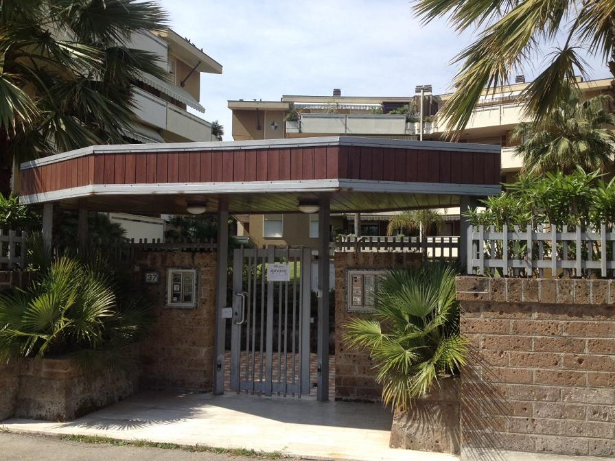 Box / Garage in vendita a Pescara, 1 locali, zona Località: pescarastradaparconord, prezzo € 7.000   CambioCasa.it