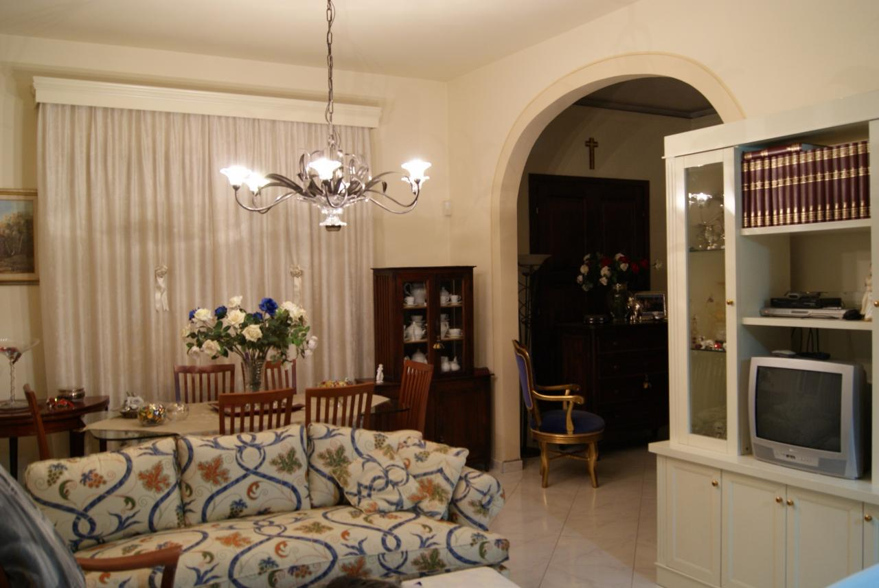 Villa in vendita a Ponsacco, 5 locali, prezzo € 365.000   CambioCasa.it