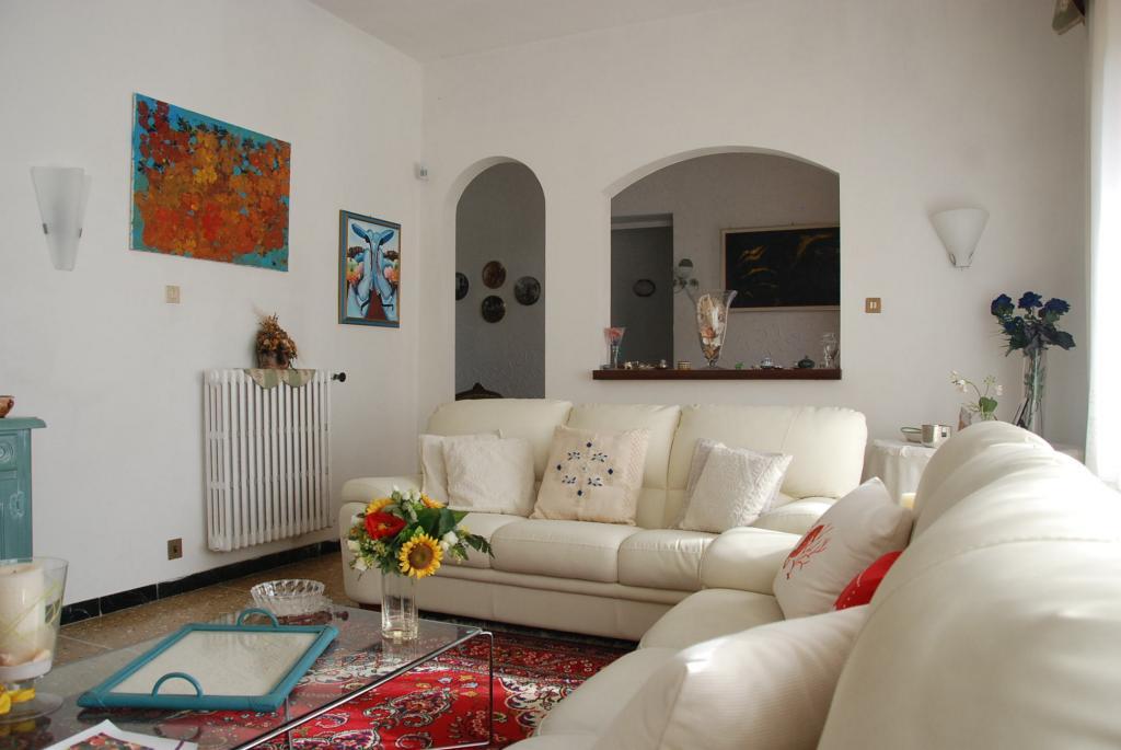 Villa in affitto a Pisa, 7 locali, zona Zona: Tirrenia, prezzo € 1.500 | CambioCasa.it