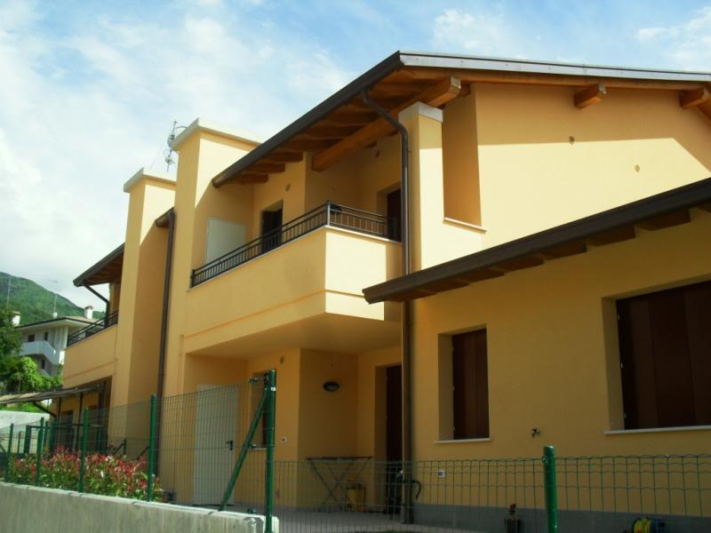 Appartamento in vendita a Caneva, 4 locali, zona Zona: Sarone, prezzo € 152.000 | Cambio Casa.it