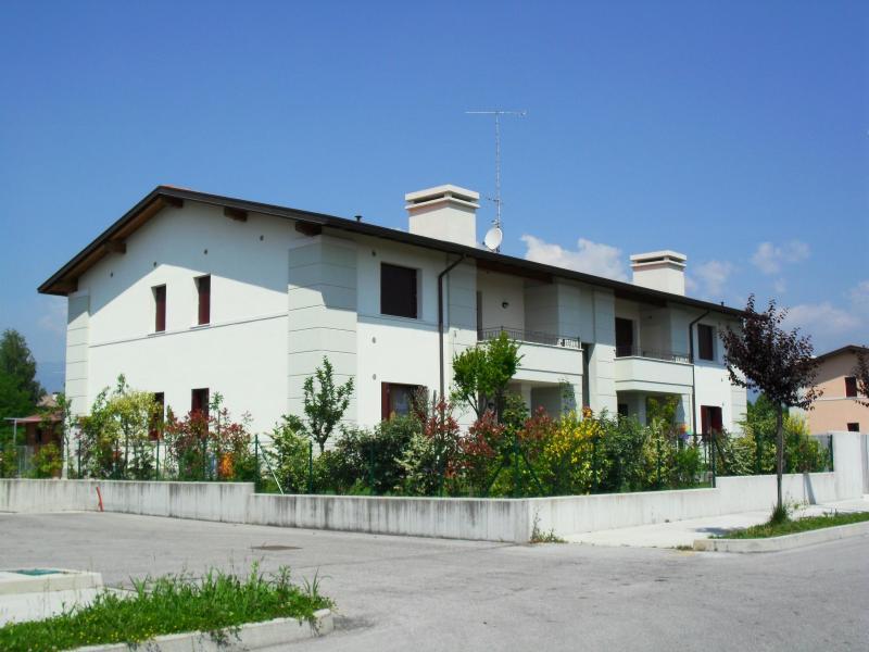 Appartamento in vendita a Fontanafredda, 3 locali, prezzo € 133.000 | Cambio Casa.it