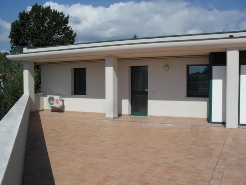 Ufficio / Studio in affitto a Sacile, 9999 locali, zona Località: Semicentrale, prezzo € 450 | Cambio Casa.it
