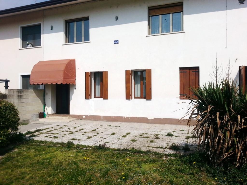 Appartamento in vendita a Fontanafredda, 3 locali, prezzo € 88.000 | Cambio Casa.it