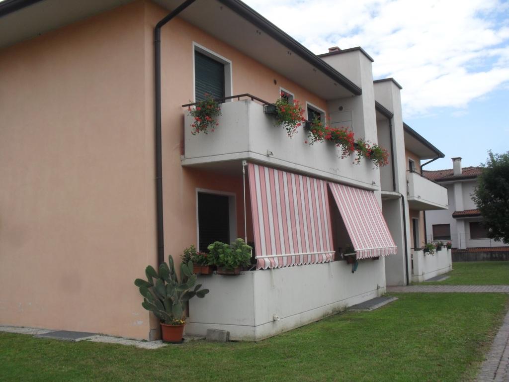 Appartamento in affitto a Fontanafredda, 3 locali, zona Zona: Vigonovo, prezzo € 450 | Cambio Casa.it