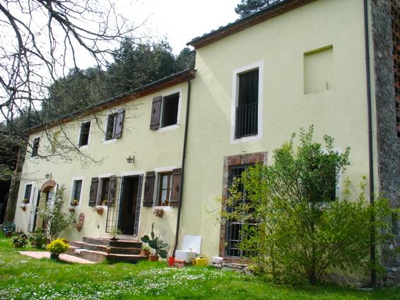 Rustico / Casale in affitto a Lucca, 5 locali, zona Zona: Balbano, prezzo € 900 | Cambio Casa.it
