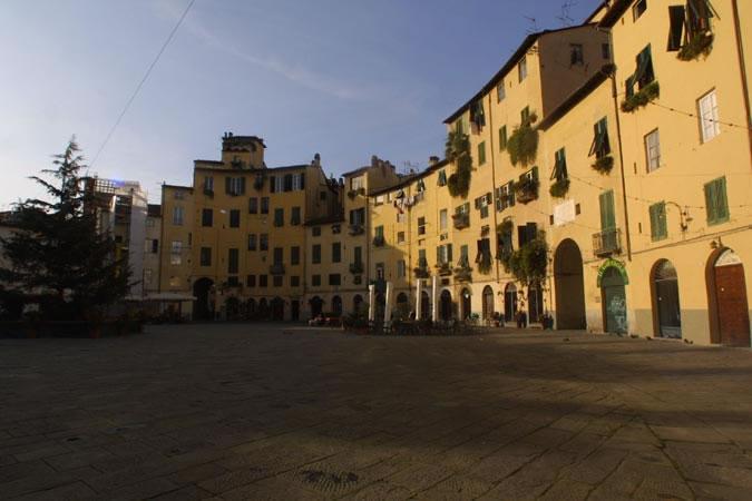 Bilocale Lucca Arancio Lucca 10