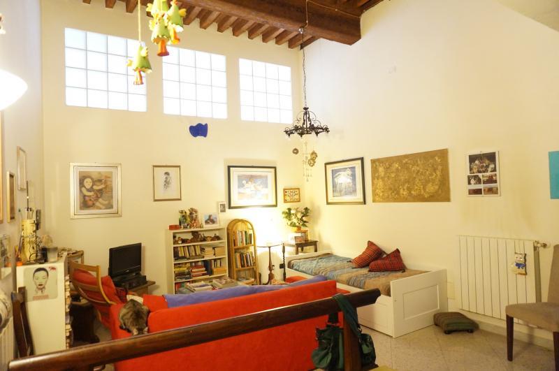 Bilocale Lucca Via San Paolino 2