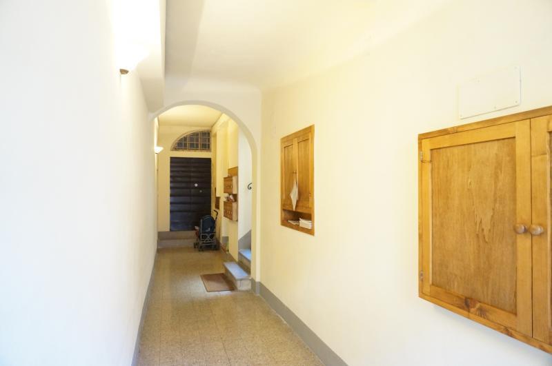 Bilocale Lucca Via San Paolino 8