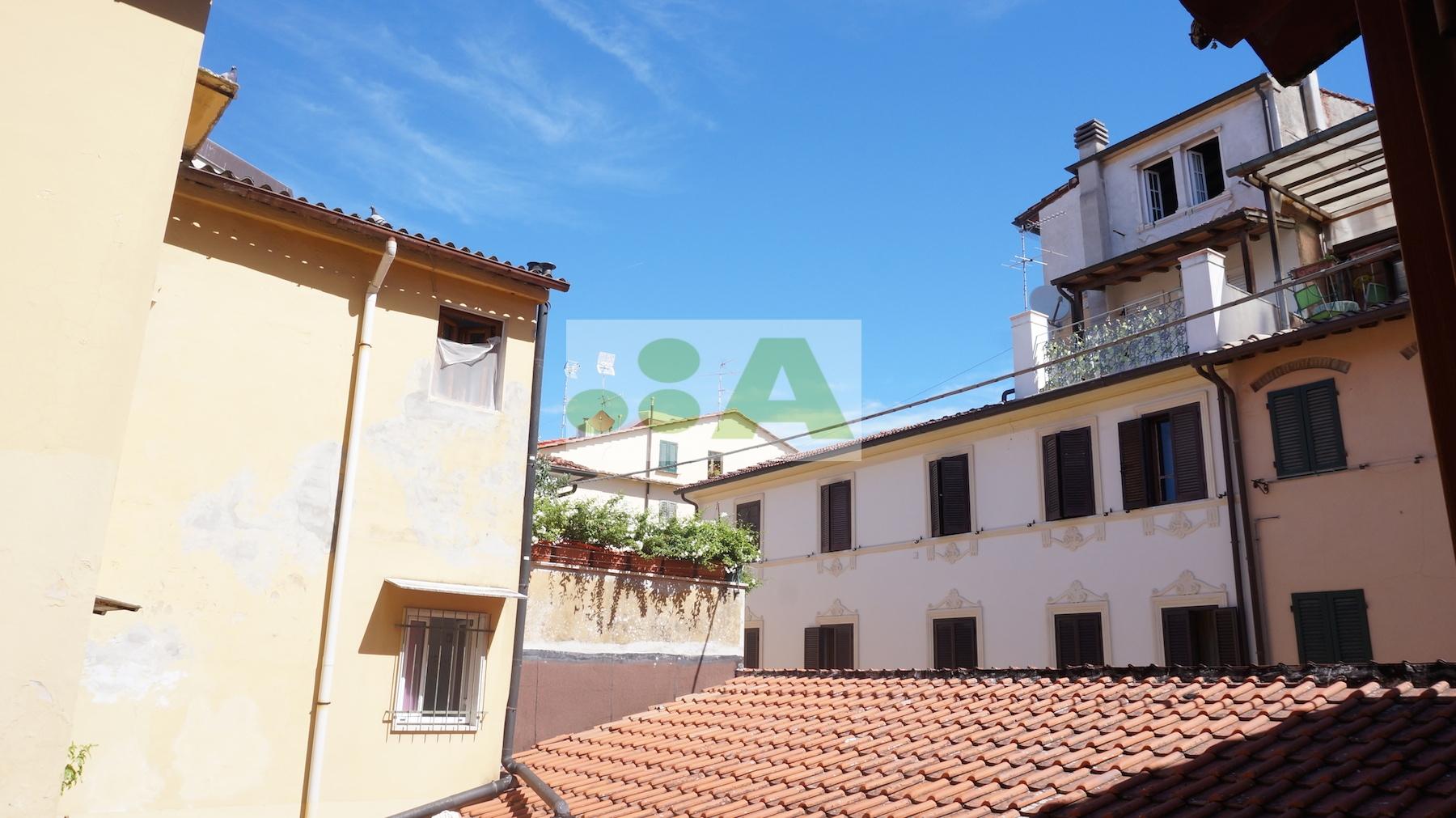 Bilocale Pietrasanta Pietrasanta, Via Stagi 3
