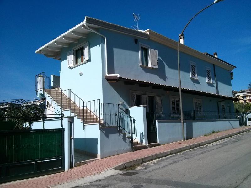 Appartamento in vendita a Grottammare, 4 locali, prezzo € 250.000 | CambioCasa.it
