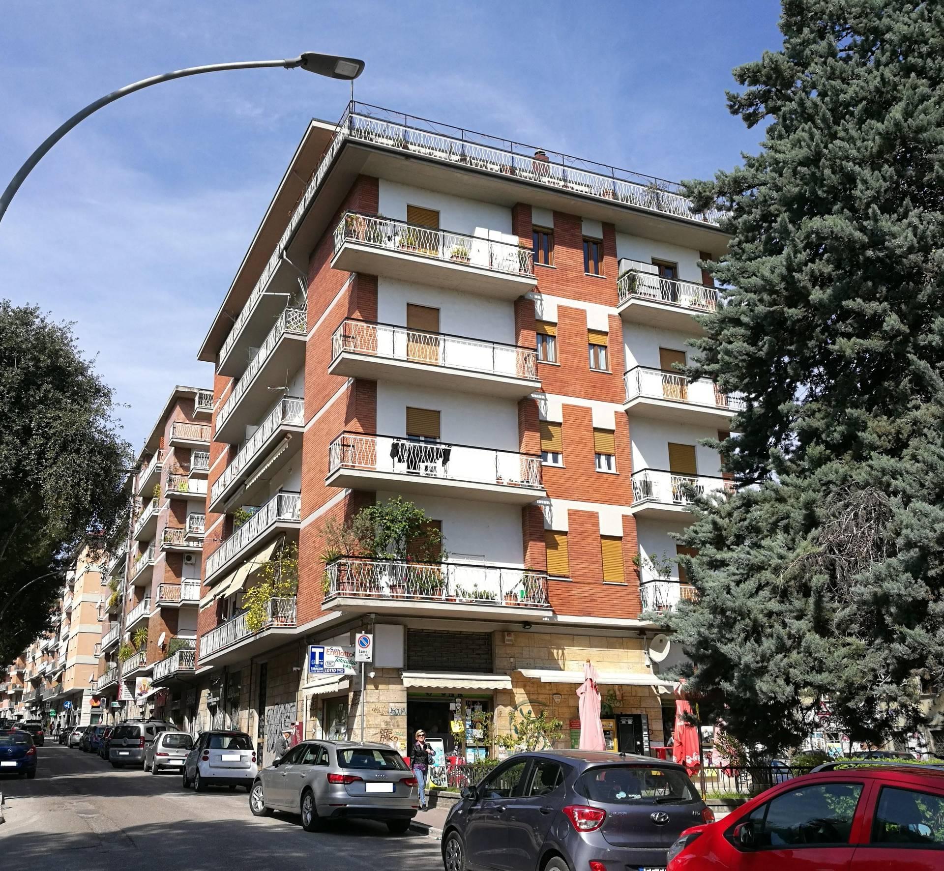 Appartamento in vendita a Ascoli Piceno, 5 locali, prezzo € 150.000 | CambioCasa.it