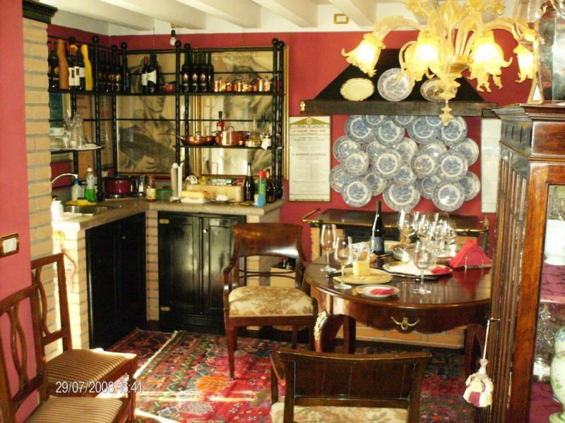 Villa in vendita a Dolegna del Collio, 7 locali, prezzo € 600.000 | Cambio Casa.it
