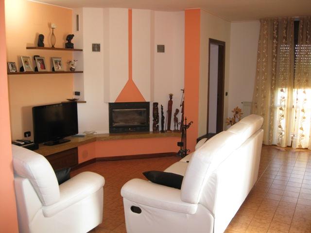 Appartamento in affitto a Muzzana del Turgnano, 5 locali, prezzo € 470   CambioCasa.it