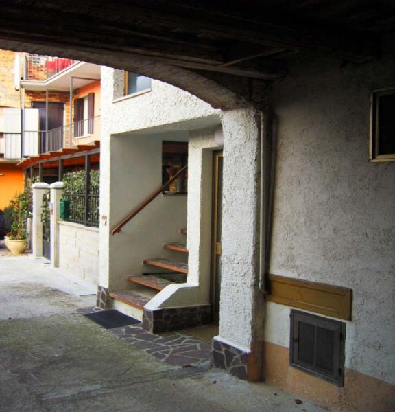 Soluzione Semindipendente in vendita a Tavagnacco, 6 locali, prezzo € 98.000 | Cambio Casa.it