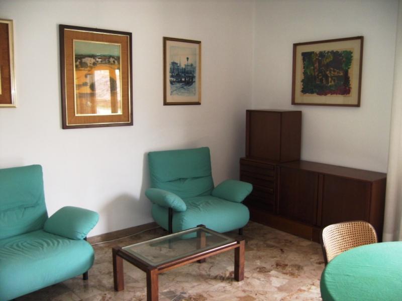 Appartamento in affitto a Udine, 5 locali, zona Località: VIAAQUILEIA, prezzo € 550 | CambioCasa.it