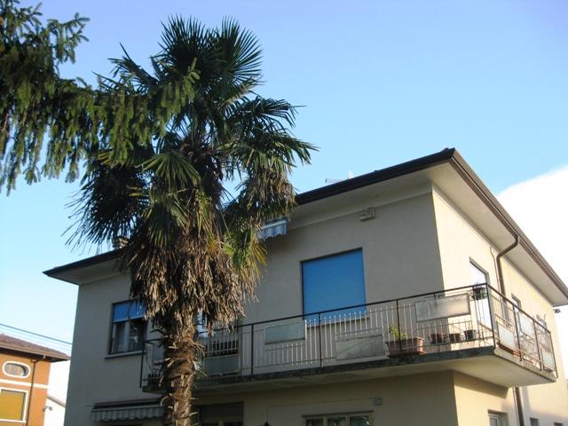 Appartamento in vendita a Gonars, 5 locali, prezzo € 115.000 | Cambio Casa.it