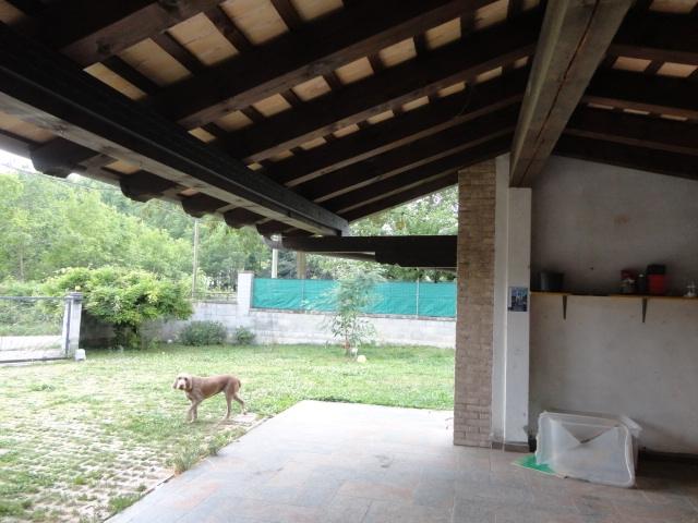 Villa in vendita a Pozzuolo del Friuli, 10 locali, zona Zona: Carpeneto, prezzo € 295.000 | Cambio Casa.it