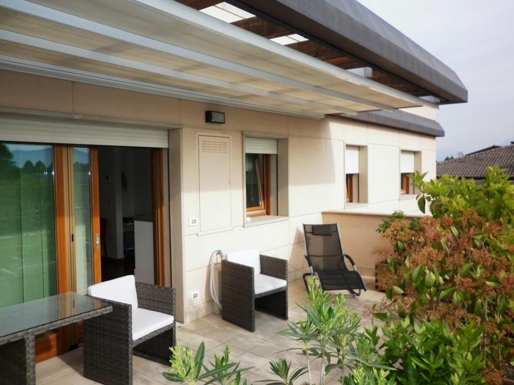 Attico / Mansarda in vendita a Tavagnacco, 4 locali, zona Località: FELETTO, prezzo € 270.000 | Cambio Casa.it
