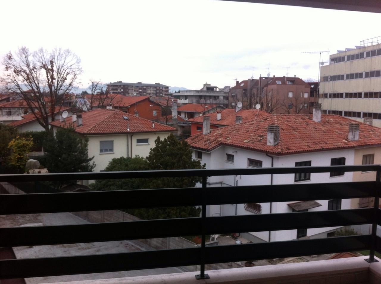 Bilocale Udine Via Leonardo Da Vinci 3
