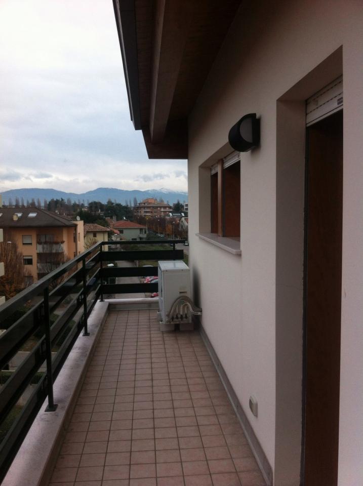 Bilocale Udine Via Leonardo Da Vinci 9