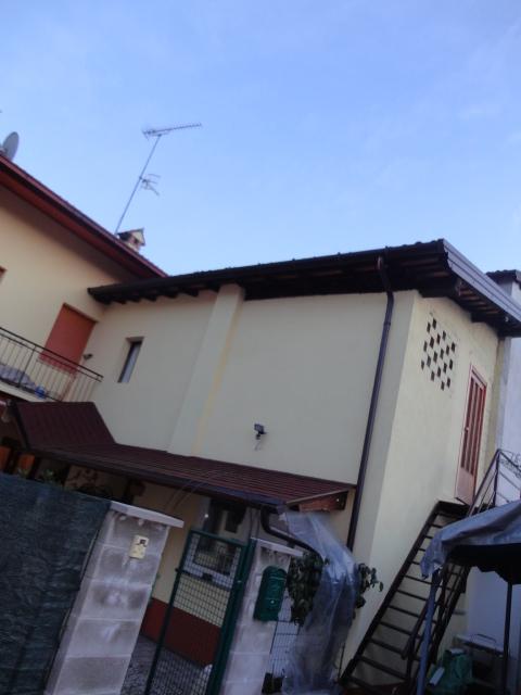 Soluzione Semindipendente in vendita a Nimis, 10 locali, prezzo € 150.000 | Cambio Casa.it