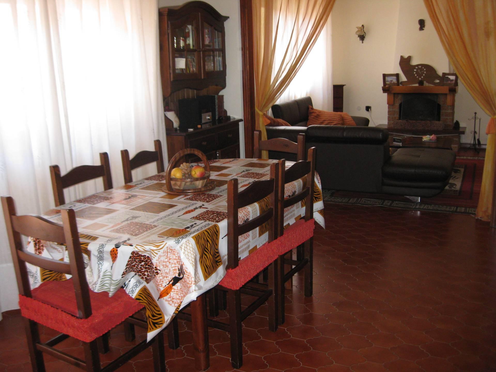 Soluzione Indipendente in affitto a Marano Lagunare, 7 locali, prezzo € 500 | Cambio Casa.it