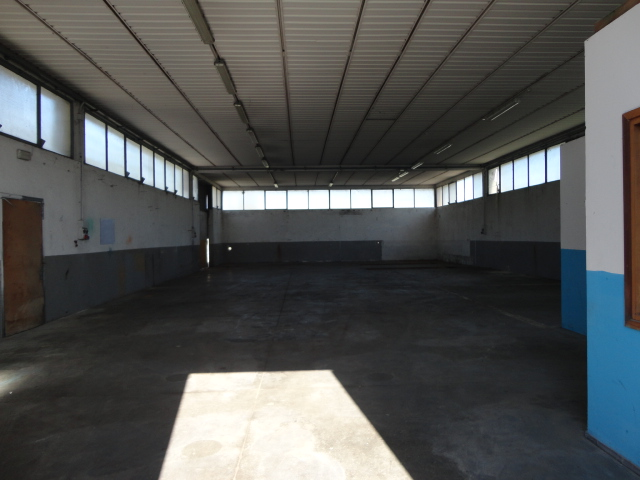 Attività / Licenza in affitto a Udine, 9999 locali, zona Località: BALDASSERIA, prezzo € 900 | Cambio Casa.it